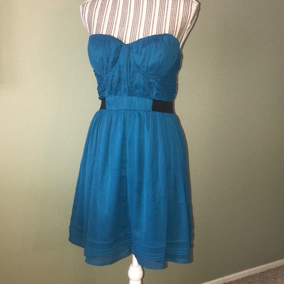 Urban Outfitters Dresses & Skirts - Urban Outfitters, Pins & Needles